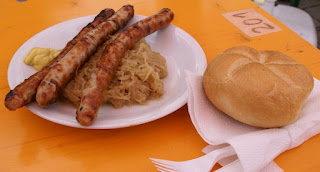 Fränkische Bratwurst with sauerkraut by Hermann Luyken
