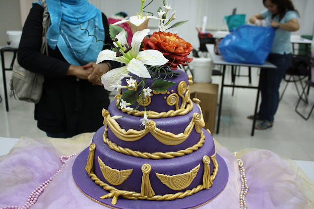 Pick Out the Fine Looking Theme of Cakes in Kota