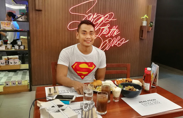Maxs-Spicy-Chicken-Cebu-Telephone-Number-Branches