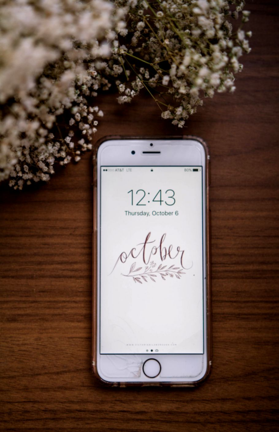 Free October Wallpapers — Victoria Bilsborough