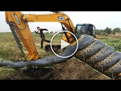 VIDEO: See Snake Trap Excavator Catch Big Snake Anaconda Real [DOWNLOAD]