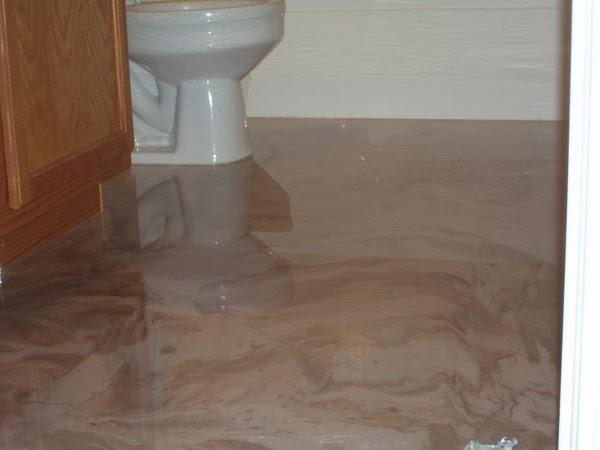 Arredo in rinnovare bagno e cucina senza togliere le - Pavimenti in resina bagno ...