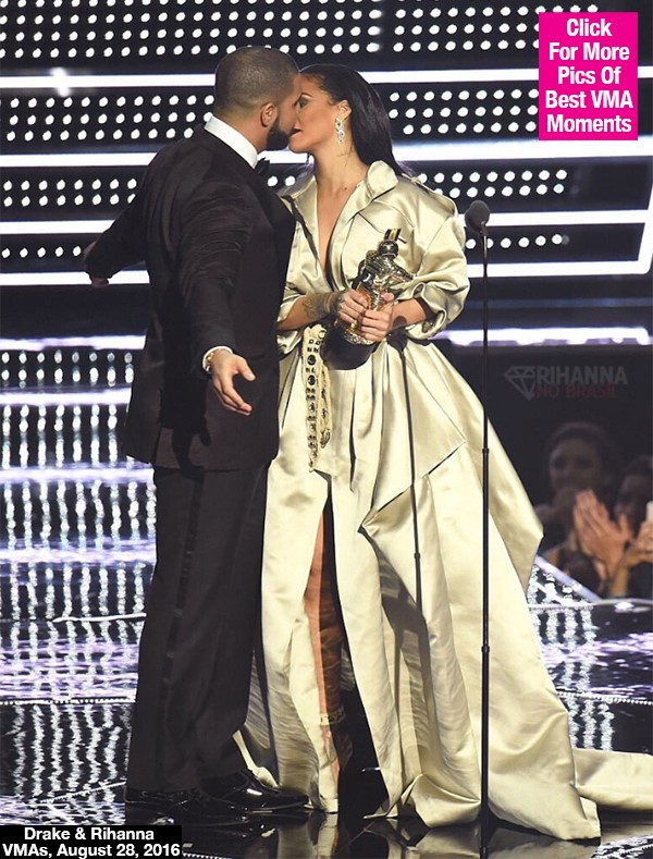 Rihanna & Drake: Why She Blocked His Kiss After His Loving Speech At VMAs