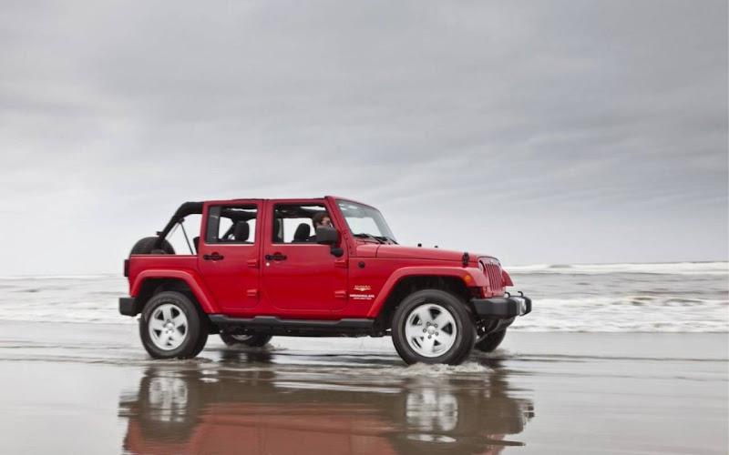 2012 Jeep Wrangler wallpaper 06 title=