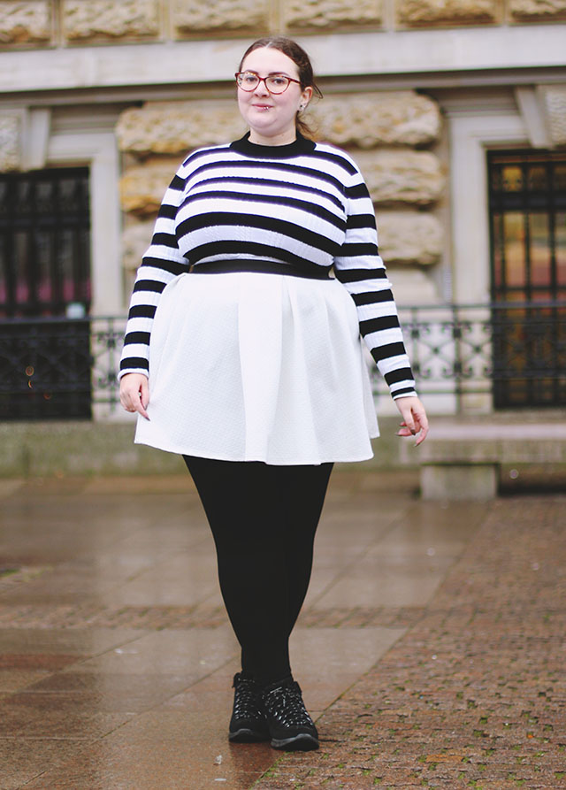 black and white stripy jumper plus size