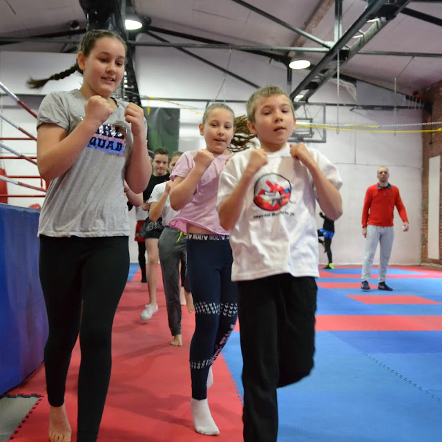 Treningi dla najmłodszych w wieku od 7 do 12 lat. Trenujesz - BOKSING - zwyciężasz!