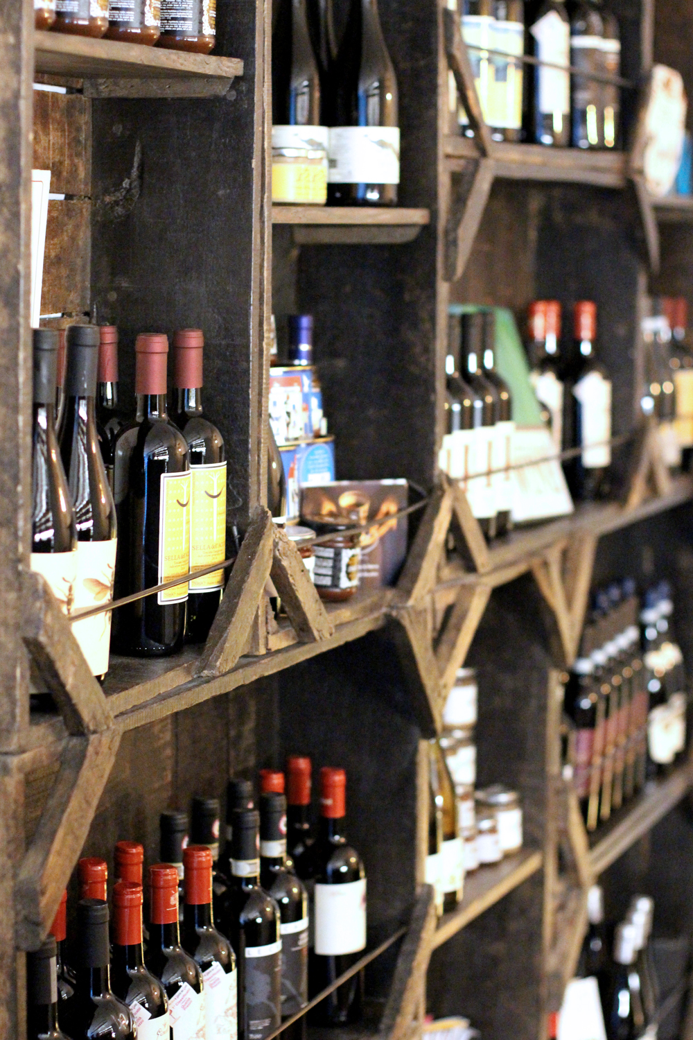 Italian wine at Enoteca Pomaio, Brick Lane - London lifestyle blog