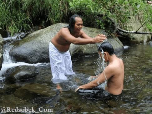 Banyu Pinaruh Hindu