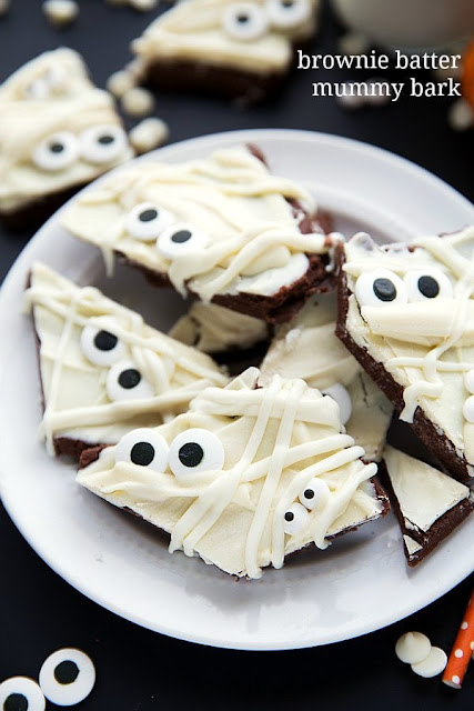 Mummy Brownie Bark