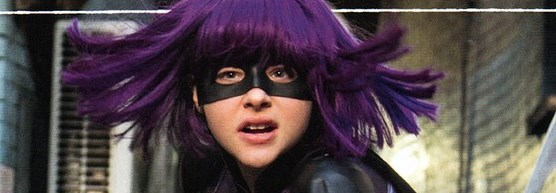 Hit Girl vai a escola no trailer internacional de KICK-ASS 2