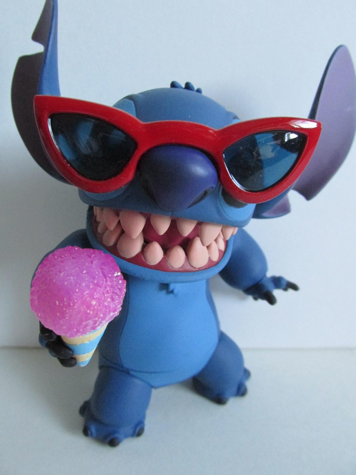 64b2ab0bb6d293 Stitch With Sunglasses