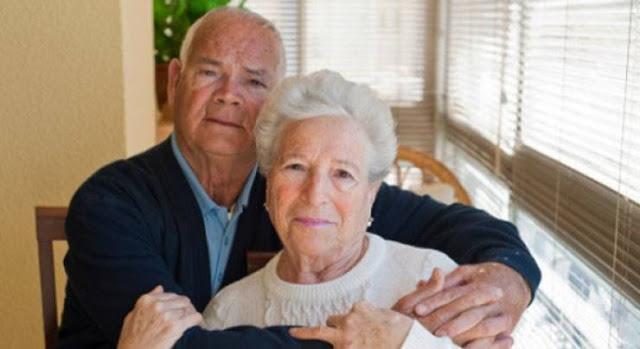 لن تصدق سبحان الله الزوجين الذين قضو 60 عاما بدون مشاكل وكان السبب ان الرجل دوما كان يقول لها انا.....
