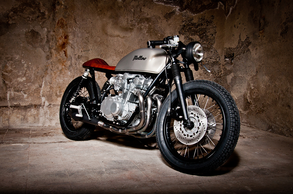 Super Chill factor - Suzuki GS550 Cafe Racer ~ Return of the Cafe Racers FM34