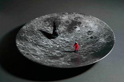 Diseño de platos con la luna.