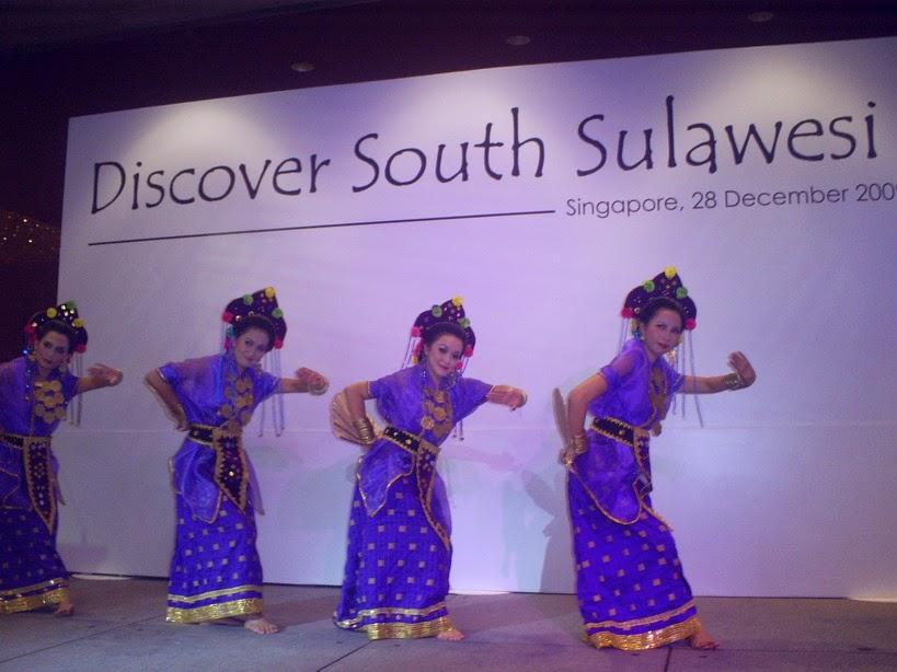 Tari Pajoge Tarian Daerah Bone Sulawesi Selatan