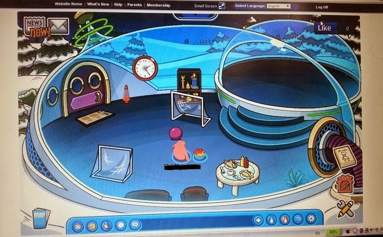 Club Penguin game and magazine review - space igloo
