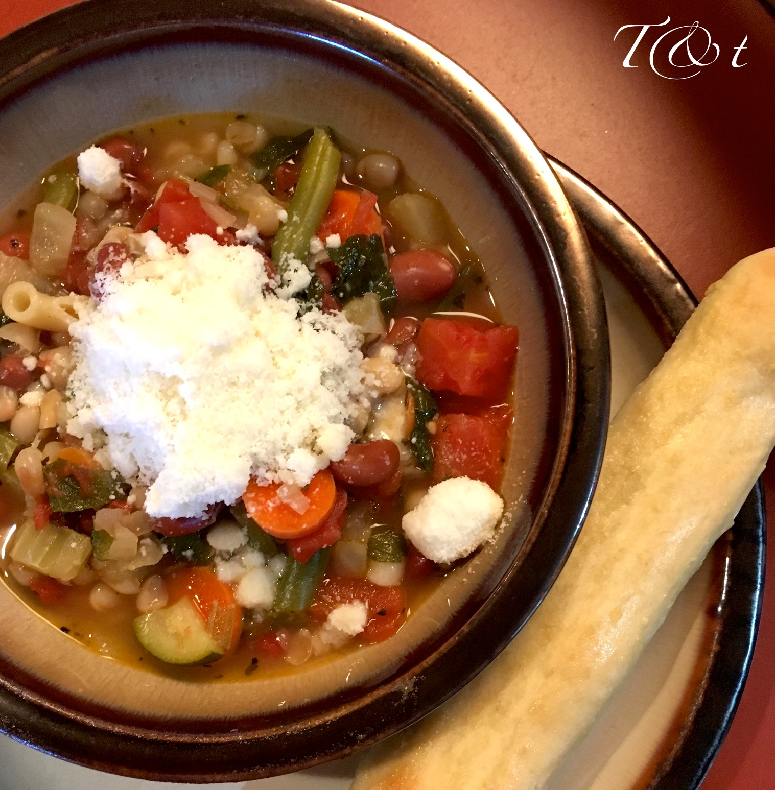 Turkey and Tofurkey: Olive Garden Minestrone Soup and Breadsticks Hack