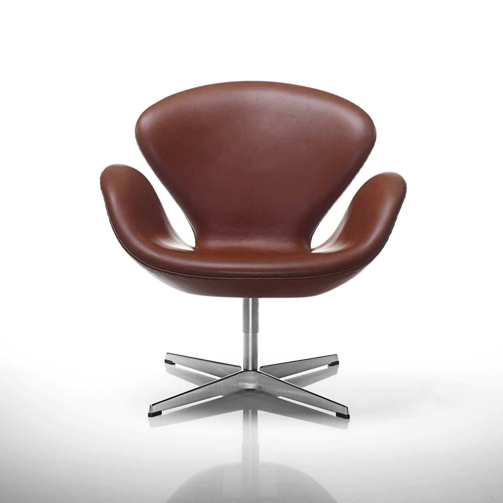 Swan Chair Classic Leather Swan Elegant Chestnut Brown Arne Jacobsen ...