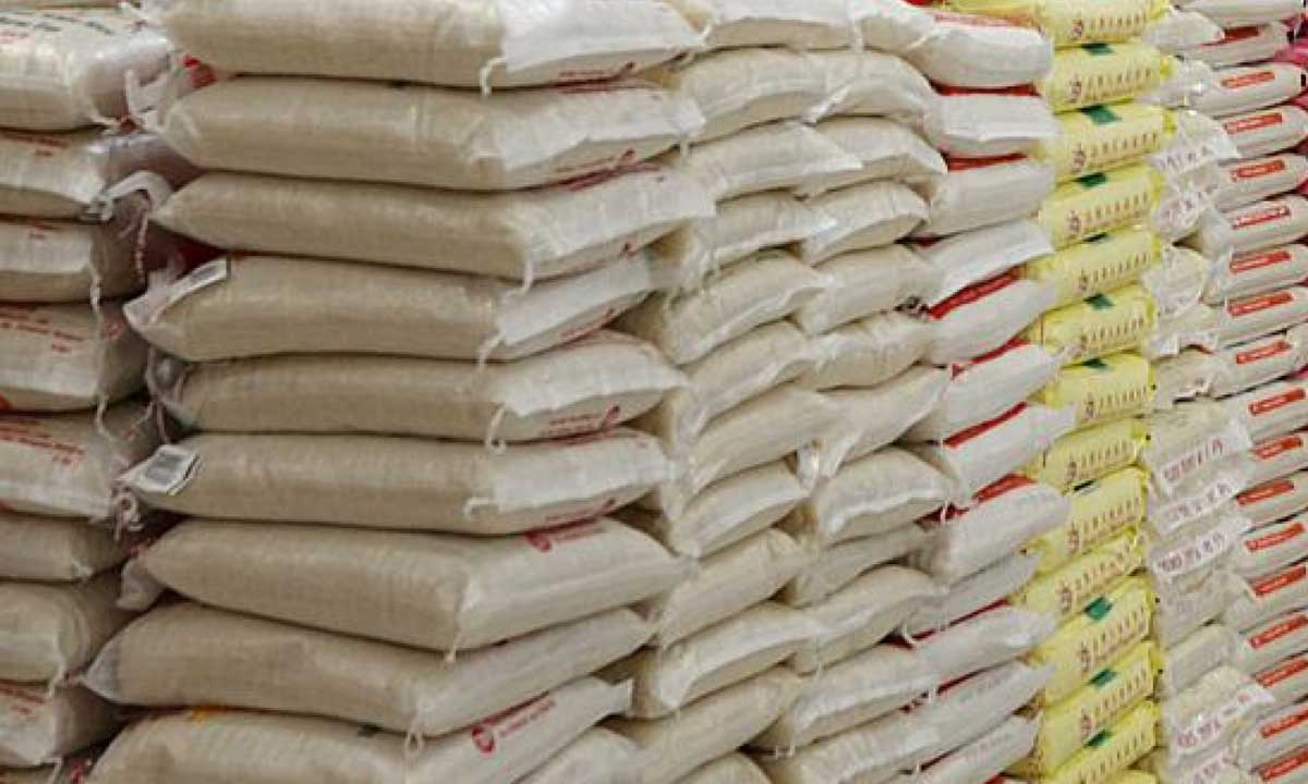 This is indeed a call for concern. The minister of State for Agriculture and Rural Development, Senator Heineken Lokpobiri, has warned that Nigeria must start producing rice by December 2016 or risk having the produce hit N40,000 per bag.