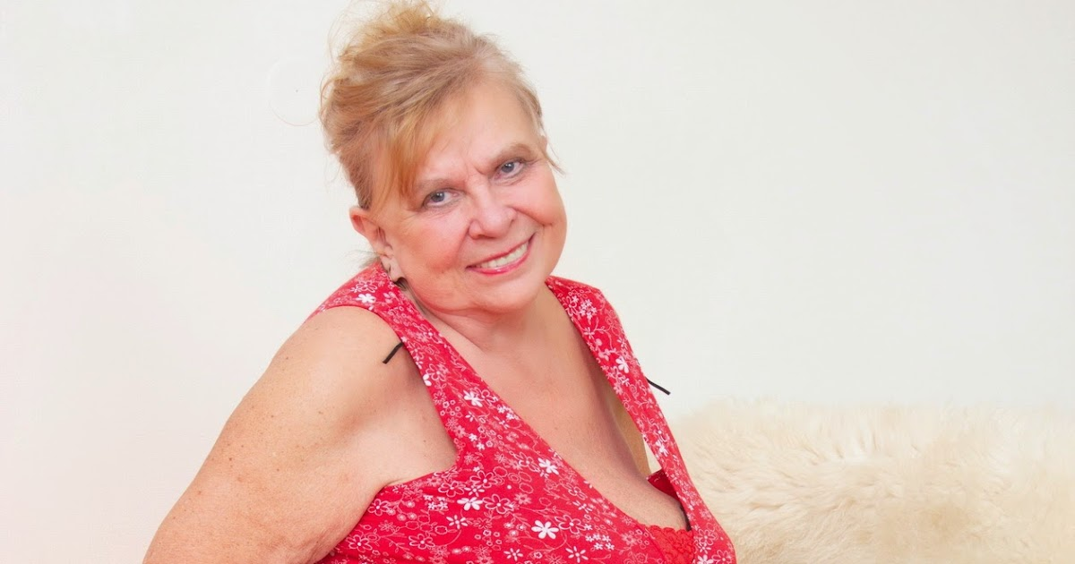 Cathy Oakely Nude Photos 23