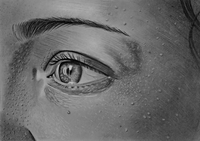 """بالصور.. """"Mariusz Kedzierski"""" فنان بولندي بدون يدين يبدع في الرسم الواقعي"""
