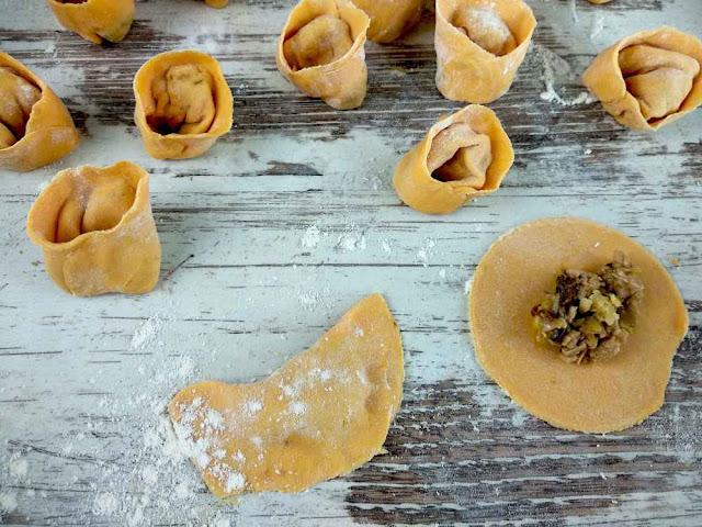 como hacer pasta fresca rellena-Capelletti