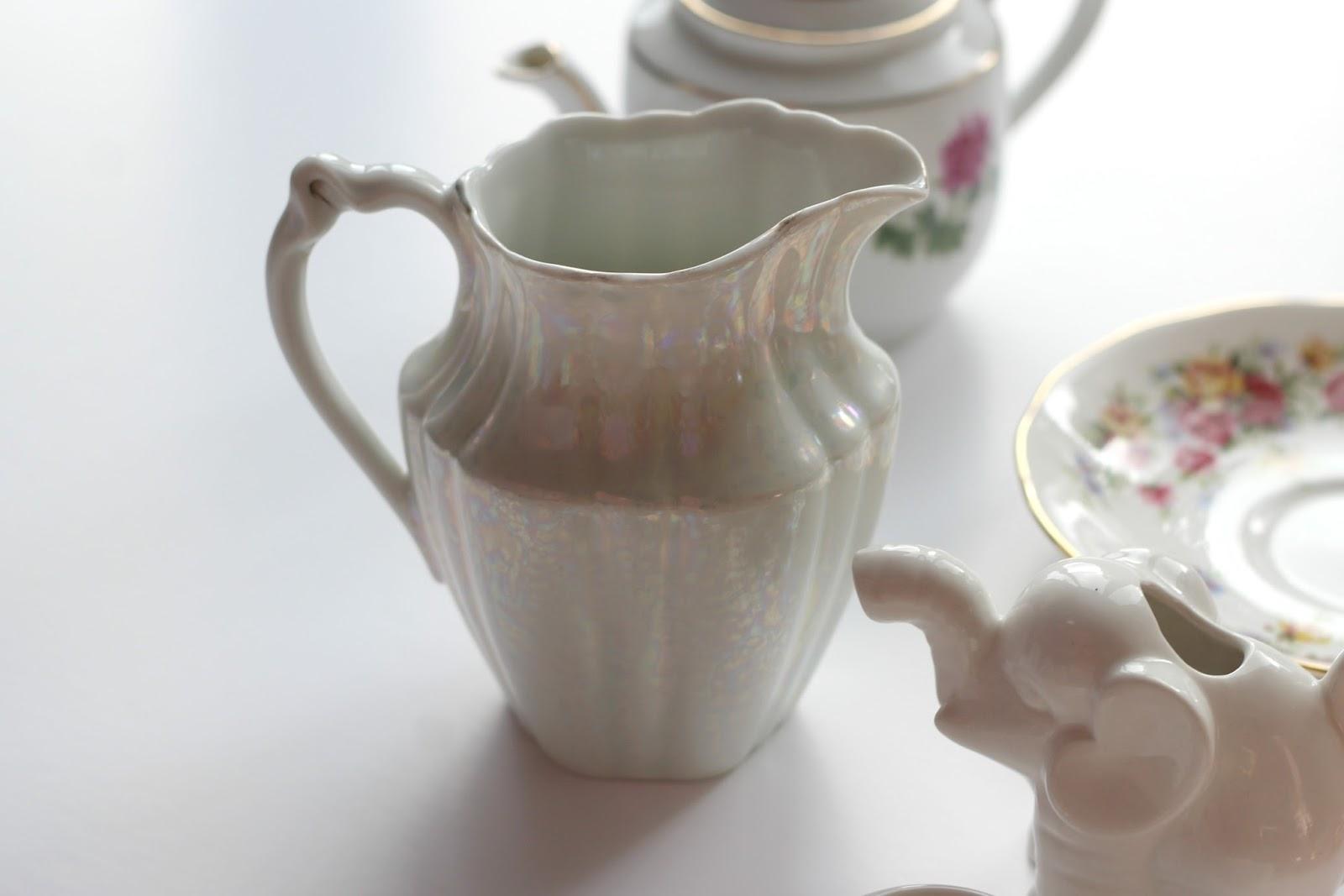 pearl-milk-jug