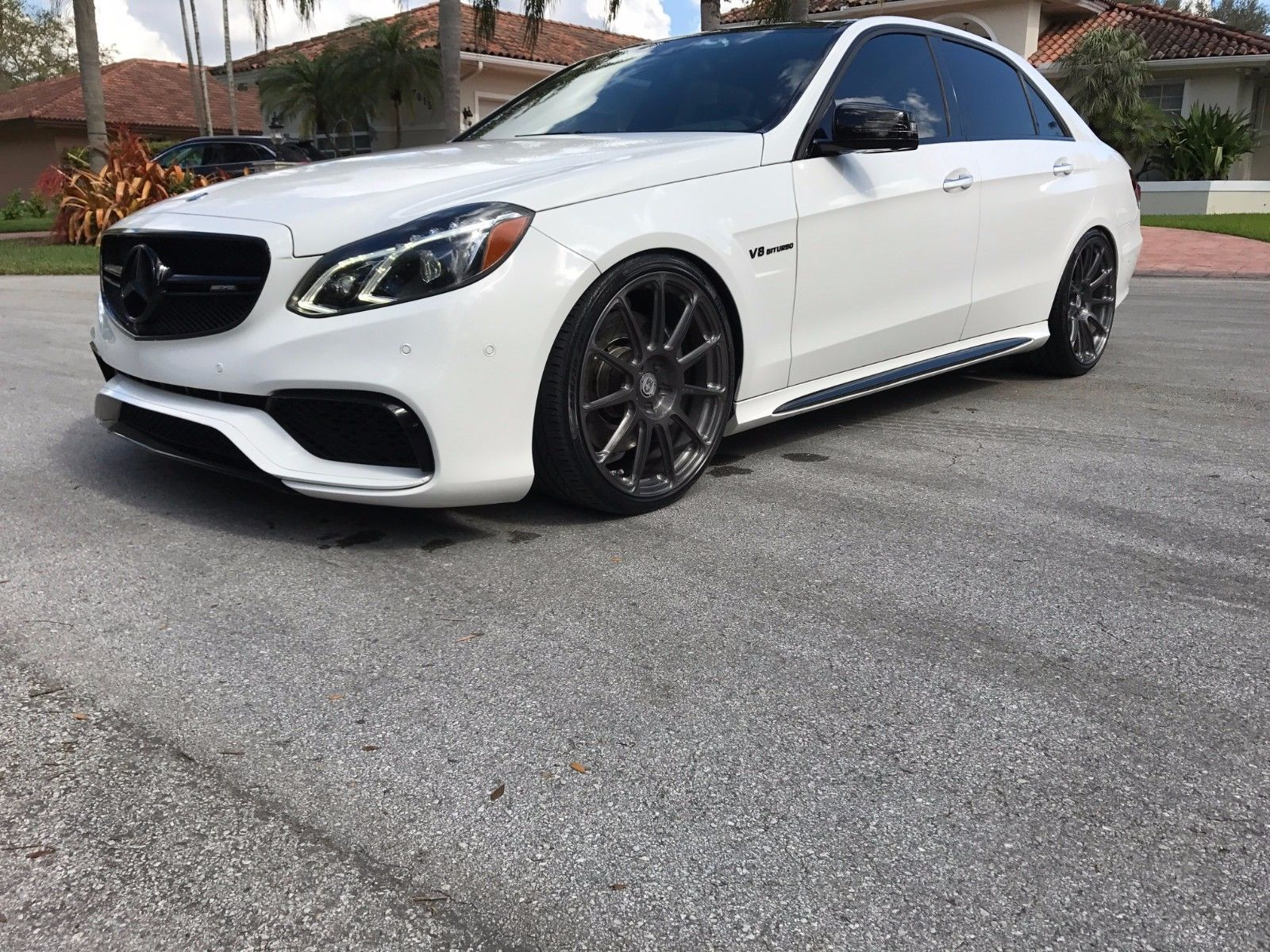 2014 mercedes benz w212 e63 amg on hre p43sc wheels benztuning. Black Bedroom Furniture Sets. Home Design Ideas