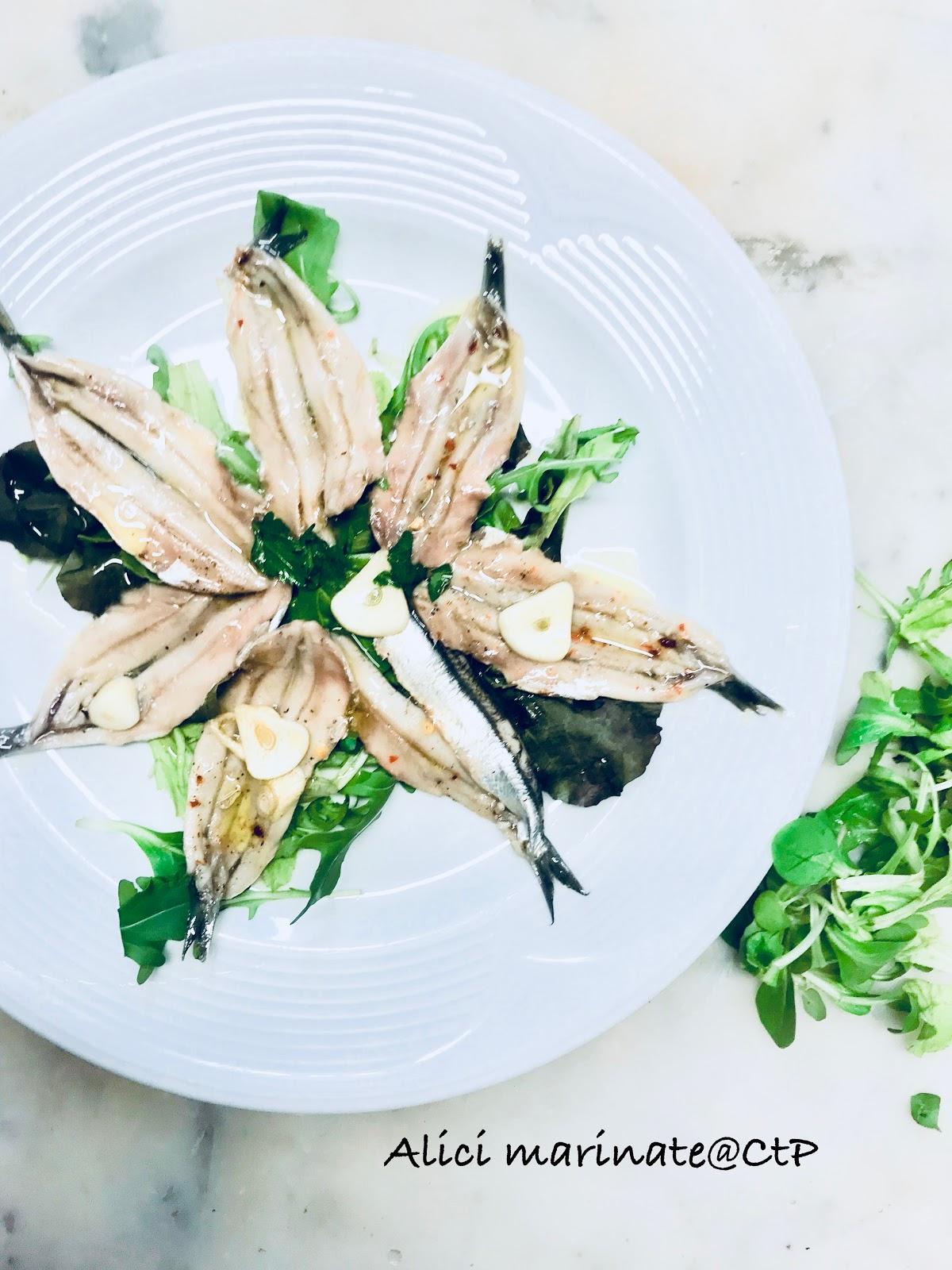 Alici marinate con aglio e peperoncino alessandra ruggeri
