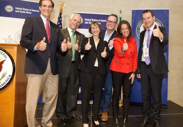 From left to right: Dan Ashe (FWS Director), Christopher Rowan (U.S. Consul General in Johannesburg), Judith Garber (Assistant Secretary of State for the Bureau of Oceans and International Environmental and Scientific Affairs), Lee Hobbs (VP of Brand and Content at Discovery Networks CEEMEA), Jessye Lapenn(US Consulate Charge d'Affaires), John Scanlon (CITES Secretary General). New Edward Norton Public Service Announcement and Social Media Campaign to Protect Wildlife  JOHANNESBURG, South Africa, September 28, 2016/ -- In support of an ongoing commitment to save the world's most endangered species, Discovery Communications (www.DiscoveryCommunications.com) and the U.S. Wildlife Trafficking Alliance (http://USWTA.org), in conjunction with the U.S. Fish and Wildlife Service (USFWS) (https://www.FWS.gov/international/cites) announced today at the Convention on International Trade in Endangered Species of Wild Fauna and Flora (CITES) (https://www.CITES.org) a multiplatform campaign to raise awareness and reduce demand for illegally sold animal products.