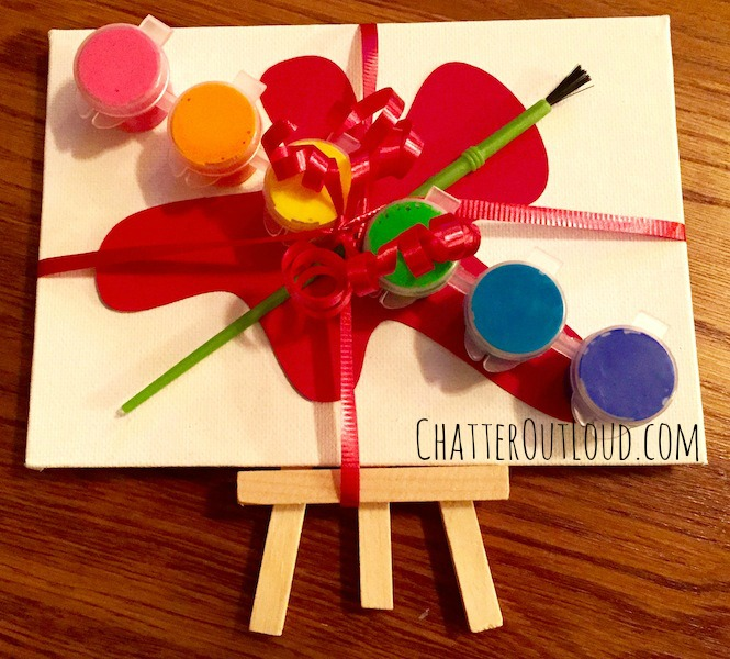 Easel party favor image