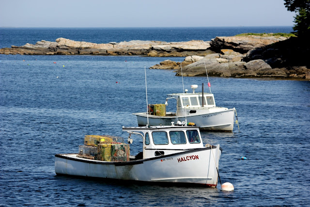 New Harbor lobster boats