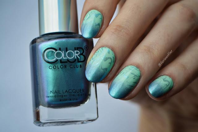 sea waves beach metallic summer bright nail art