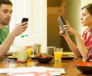 Seu smartphone pode estar arruinando seu relacionamento; entenda!
