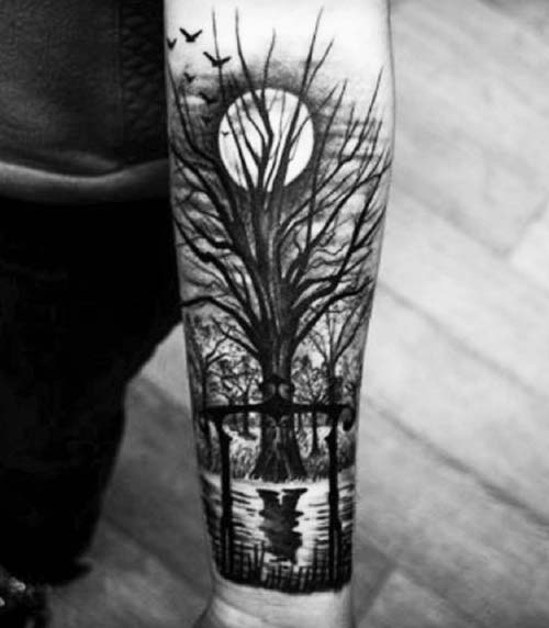 ay ve ağaç dövmesi moon and tree tattoo