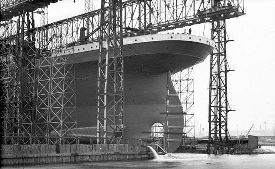 titanic bau