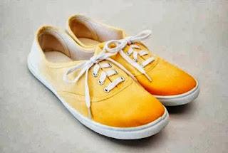 Kreasi Kerajinan Tangan, Mewarnai Sepatu Sendiri 5
