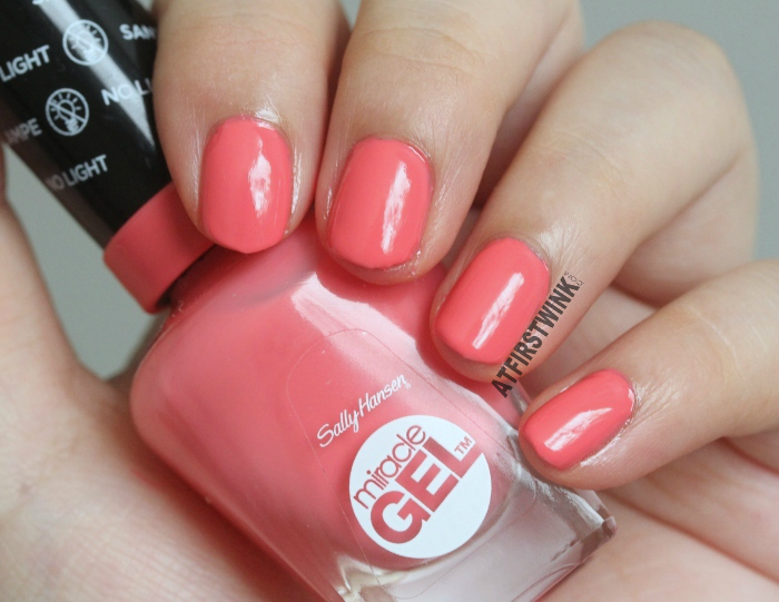 Sally Hansen Miracle Gel nail polish 210 - Pretty Piggy swatch