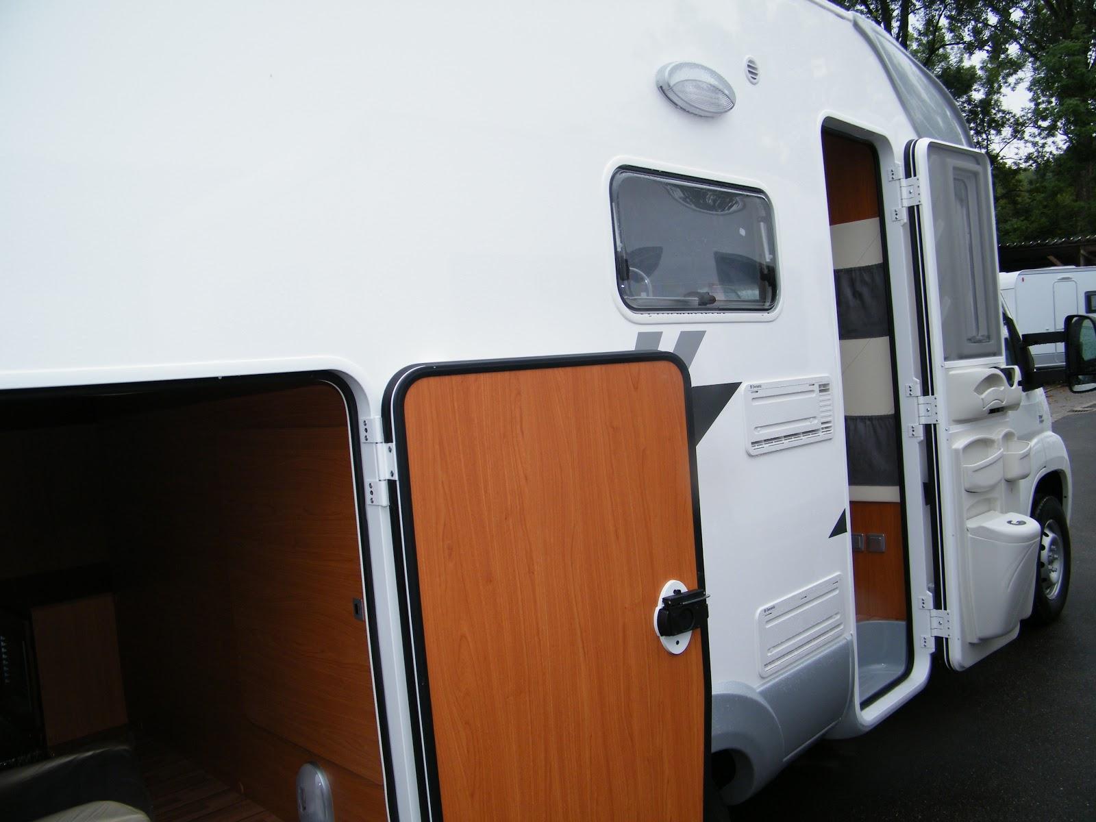 wohnmobil touren. Black Bedroom Furniture Sets. Home Design Ideas