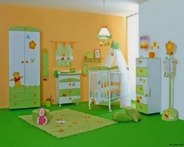 Idée déco chambre bébé winnie l'ourson, chambre vert et blanc