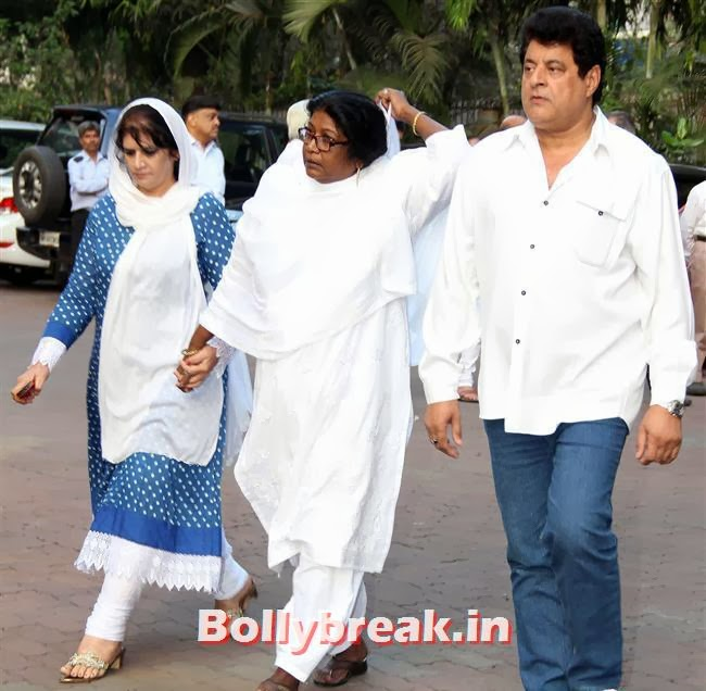 Gajendra Chauhan, Celebs at Farooq Sheikh Prayer Meet