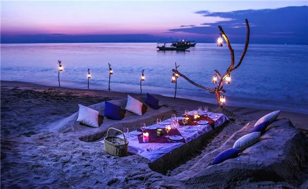 Biển Cô Tô dịu dàng về đêm với tiếng sóng thì thầm, như ai nói khẽ vào tai.