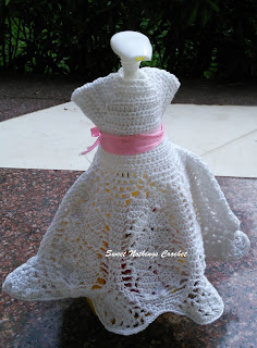 free crochet pattern, free crochet dress pattern, free crochet Barbie doll dress pattern, free crochet wine bottle topper dress pattern, free crochet wine bottle cover pattern, free crochet soap dispenser cover pattern, Red rose knitting cotton, Shyama Nivas, sweetnothingscrochet, blogaday, spreadsmiles, Pradhan Embroidery Stores,