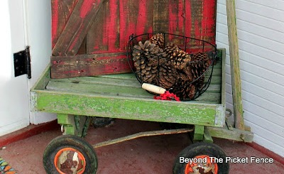 Use an old wagon on the front porch