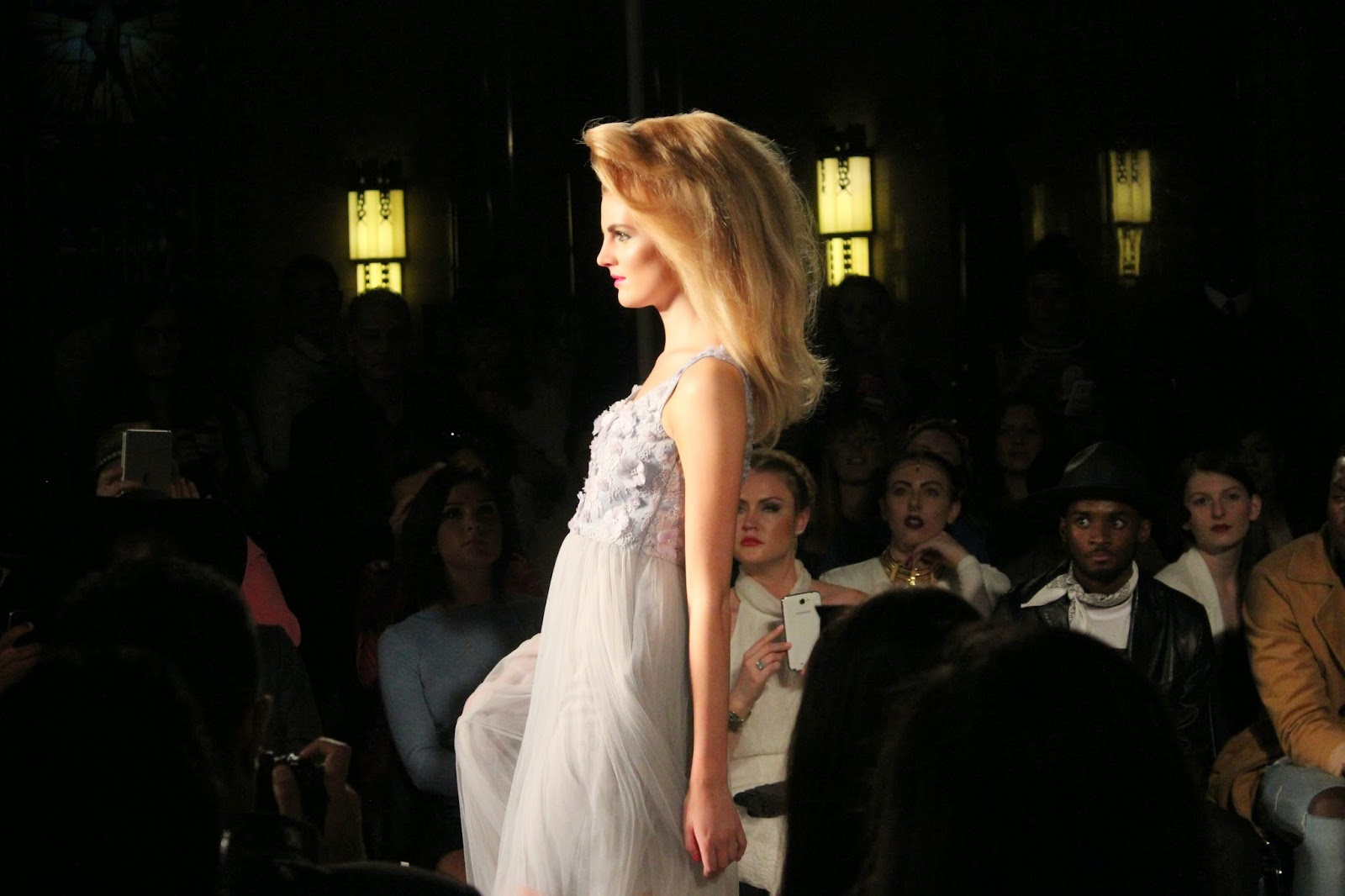 london-fashion-week-2014-lfw-spring-summer-2015-blogger-fashion-Hema-Kaul-catwalk-models-freemasons hall-fashion-scout-dress
