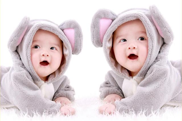 Menurut Medis, Ini Kemungkinan Besar Ibu Melahirkan Anak Kembar