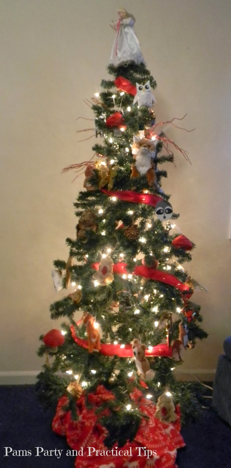 Pams Party Amp Practical Tips My Woodland Themed Christmas Tree