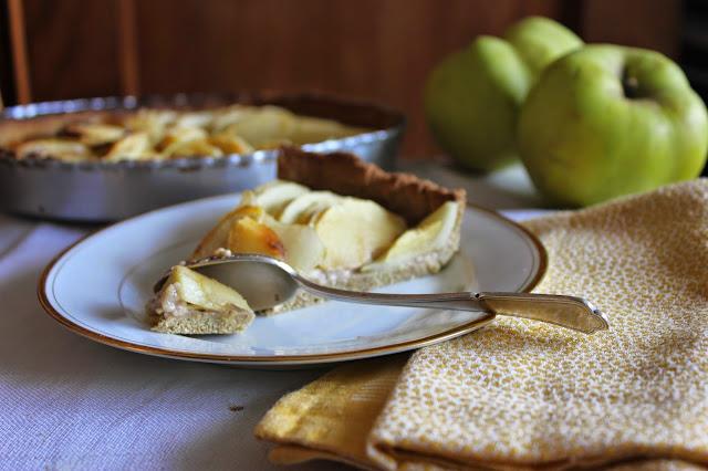 https://cuillereetsaladier.blogspot.com/2014/11/tarte-aux-pommes-et-souchet.html