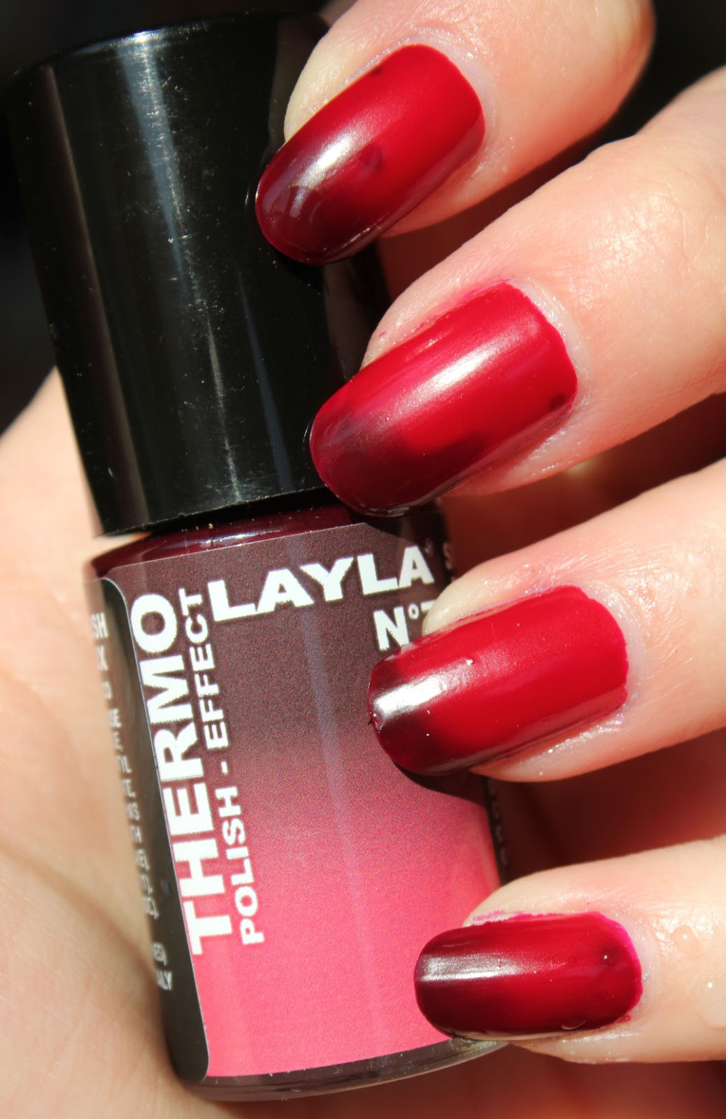 http://lacquediction.blogspot.de/2014/03/layla-thermo-polish-nr-7.html