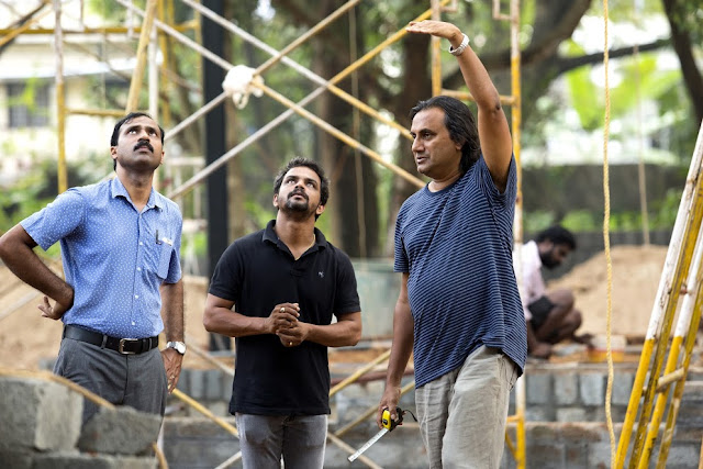 Architect and KMB 2016 participating artist Tony Joseph (on right) has designed the Pavilion as both an artwork and venue to host performances and events